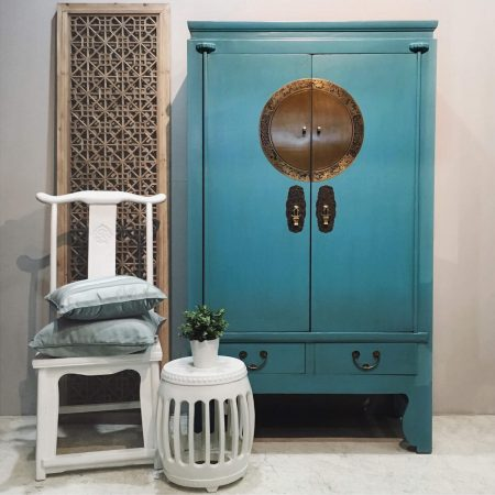 WC-AQUA: Wooden wedding cabinet in a slightly distressed aqua blue
