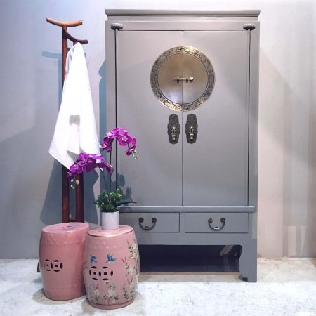 WC-COOLGREY: Wooden wedding cabinet in a cleanly finished light grey for a modern look