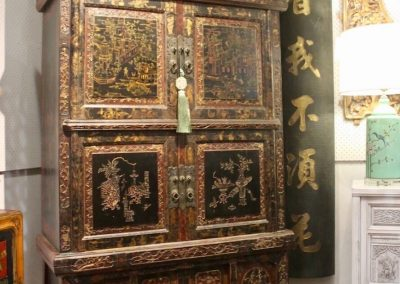 3-tier cabinet from Fujian with beautiful painting & carvings