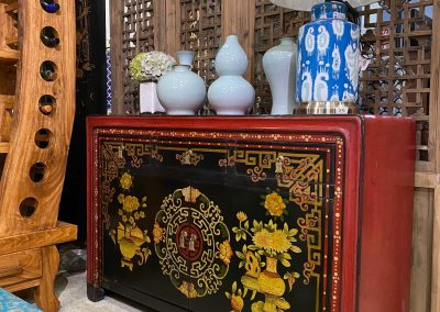 Chinese furniture hand painted Mongolian style sideboard in red and black