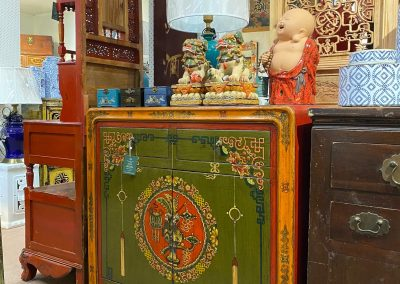 Chinese hand-painted cabinet